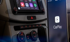 Apple Halts CarPlay Launch At CES.
