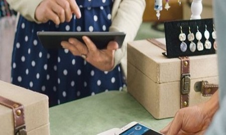 Square Comes up with Installment Plan of $1 Per Week for Contactless Reader of Apple Pay