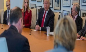 Big Partnerships! Trump Tries to Help Apple, Cook Still Indecisive